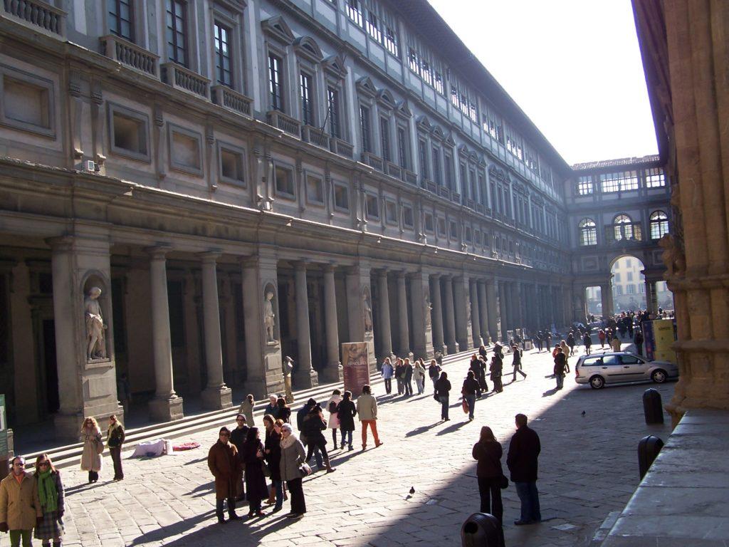 gigolo per donne straniere a Firenze